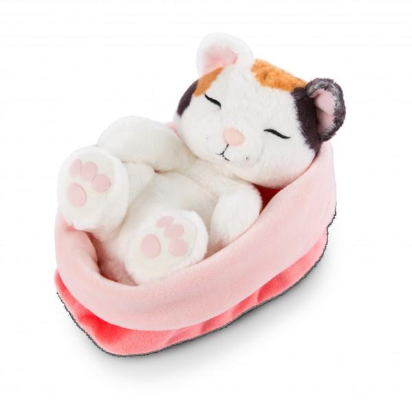 Kuscheltier Katze creme, im rot-rosanen Körbchen 'Sleeping Kitties'